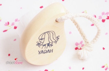 Yadah Deep Pore Cleansing Facial Brush