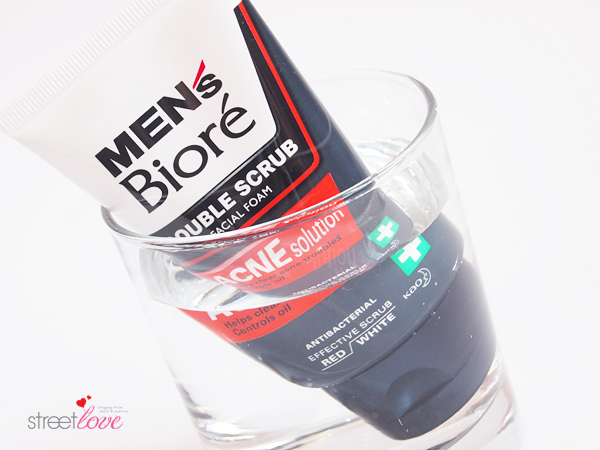 Men's Bioré Double Scrub Acne Solution Facial Foam: Can women use men's skin care products? | Street Love