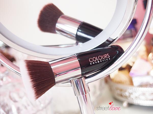 Colours Cosmetics Malaysia Flat Top Foundation Brush Closeup