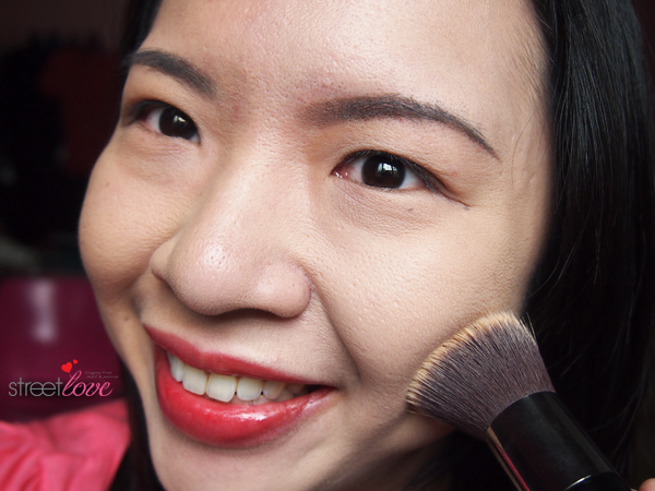 Colours Cosmetics Malaysia Flat Top Foundation Brush using with Liquid Foundation 5
