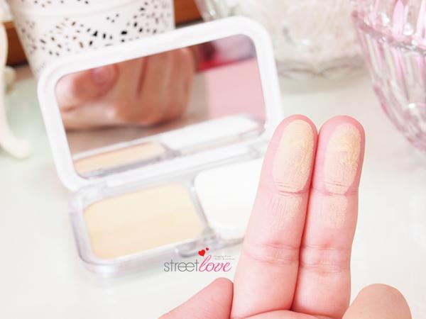 Maybelline White Superfresh Long Lasting UV Cake Powder Swatch