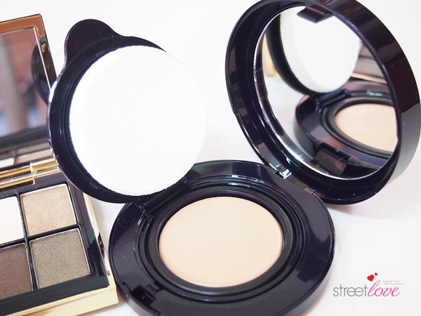 Estée Lauder Futurist Aqua Brilliance™ Compact Makeup: A compact foundation that doubles up as concealer. Makeup done in a jiffy! | Street Love