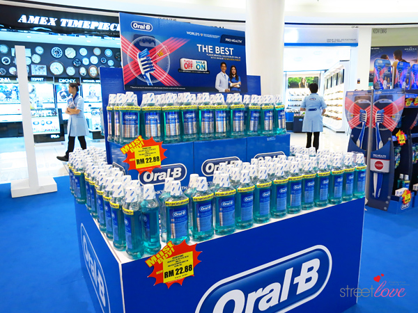 Oral-B Plaque Off Smile On 5