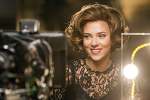Scarlett Johansson Valentine's Day 2015