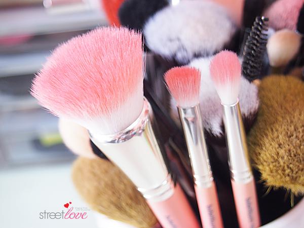 Bdellium Pink Bambu Series Closeup v2