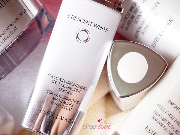 Estee Lauder Crescent White Full Cycle Brightening Spot Correcting Essence Dollop