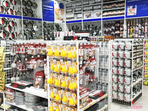 Spotlight IPC Shopping Centre 23