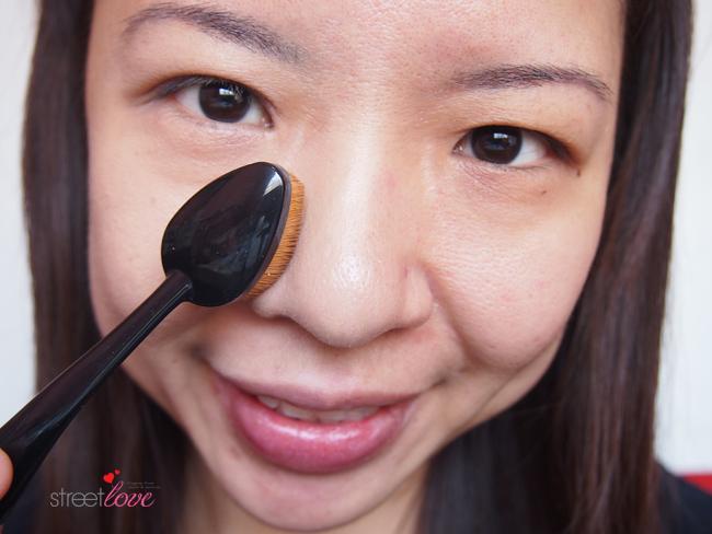 Missha Professional Oval Make Up-Brush 4
