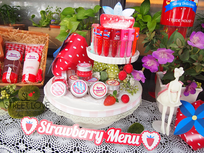 Etude House Berry Delicious 7