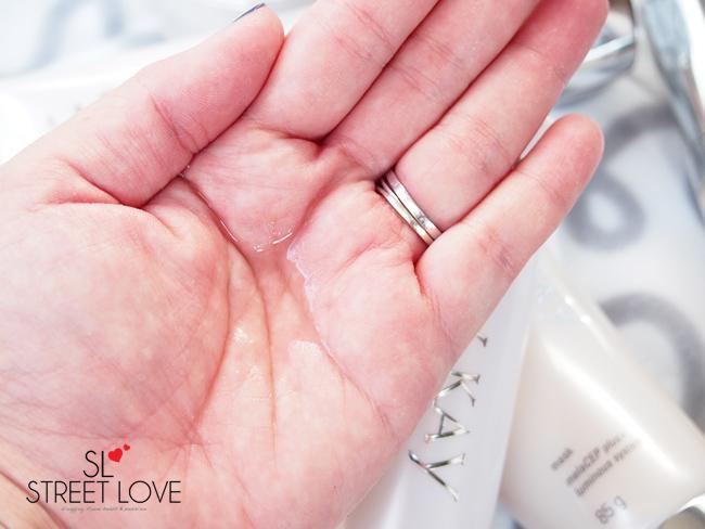 Mary Kay MelaCEP Plus+ Luminous System Freshener Texture