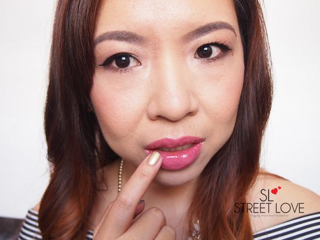 ELF Kiss It Goodbye Lip Color Remover Application