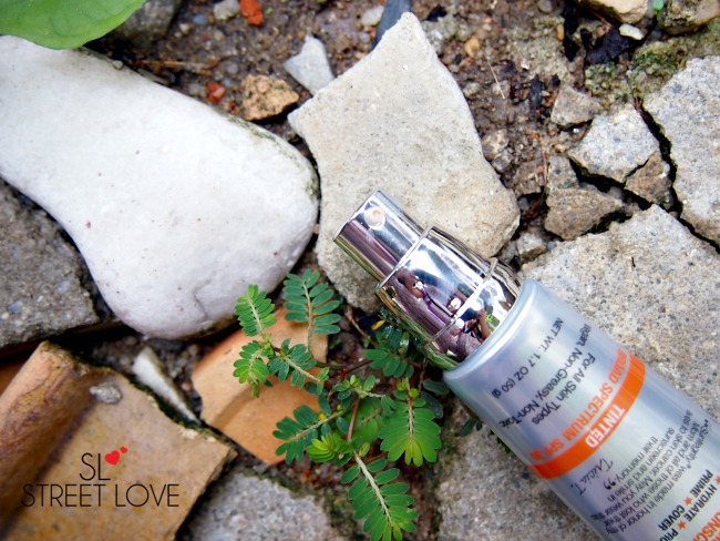 Suntegrity 5-in-1 Natural Moisturizing Face Sunscreen Pump