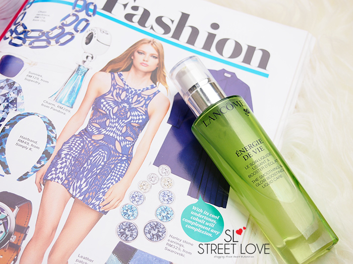 Lancome Energie De Vie The Smoothing & Glow Boosting Liquid Care 1