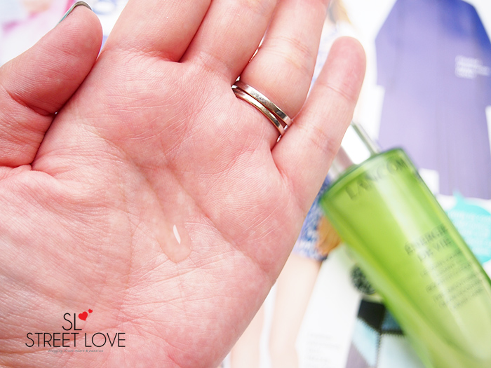 Lancome Energie De Vie The Smoothing & Glow Boosting Liquid Care 3