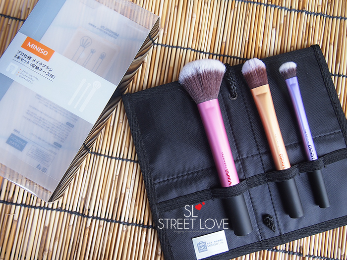 Miniso Cosmetic Bag With 3 Brushes Set