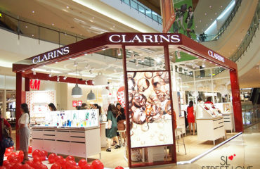 Clarins World's First Retail Kiosk IOI City Mall 1