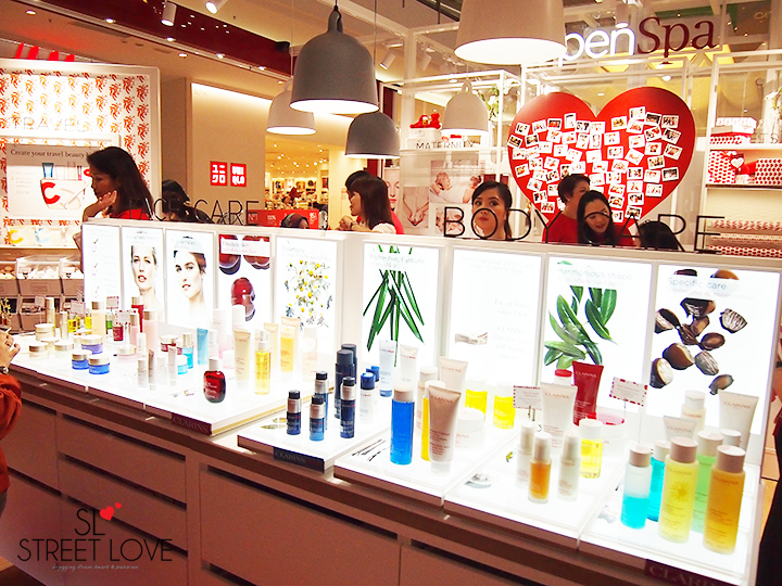 Clarins World's First Retail Kiosk IOI City Mall 2